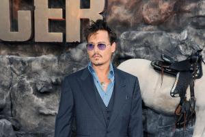 lone-ranger-uk-premiere-red-20130721-190058-051