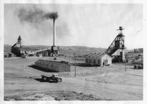 Coal_mine,_Gallup_1920
