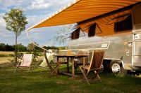 belrepayre-airstream-retro-trailer-park-medium