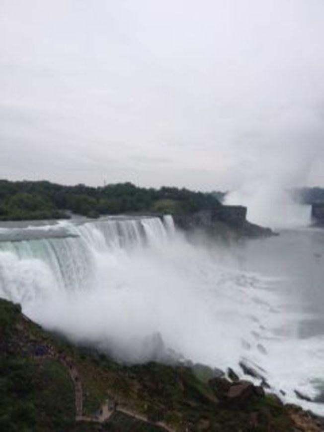 american-falls-photo_7127872-770tall